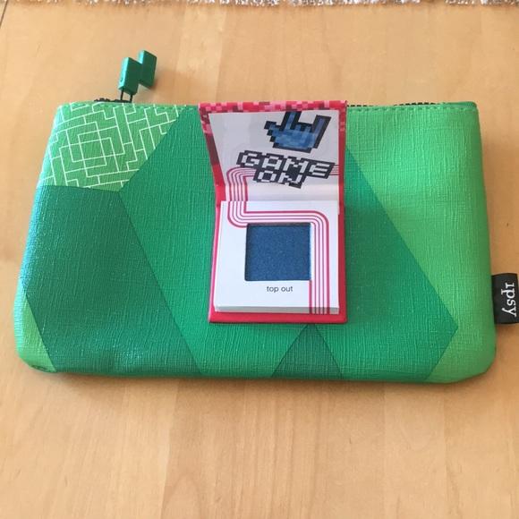 b7598fa77a35 Ipsy Tetris Make Up Bag and Tetris Eyeshadow